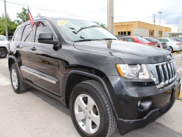 2013 Jeep Grand Cherokee 4D Sport Utility - 555752 - Image 1
