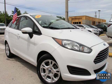2014 Ford Fiesta 4D Sedan - 154523 - Image 1